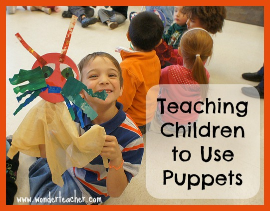 Tips for teaching children to use puppets